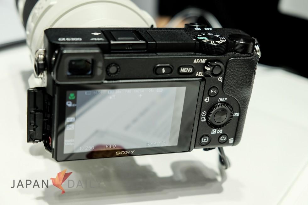 Sony alpha 6300 back