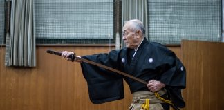 iaido master drawing his katana